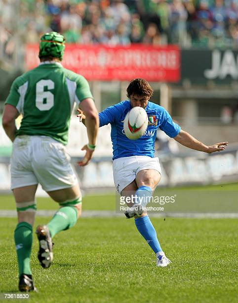 Ramiro Pez of Italy kicks a drop goal during the RBS Six Nations match between Italy and Ireland at Stadio Flaminio on March 17 2007 in Rome Italy