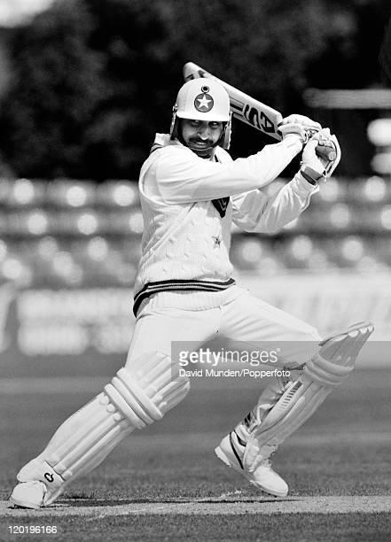Ramiz Raja batting for Pakistan circa 1992