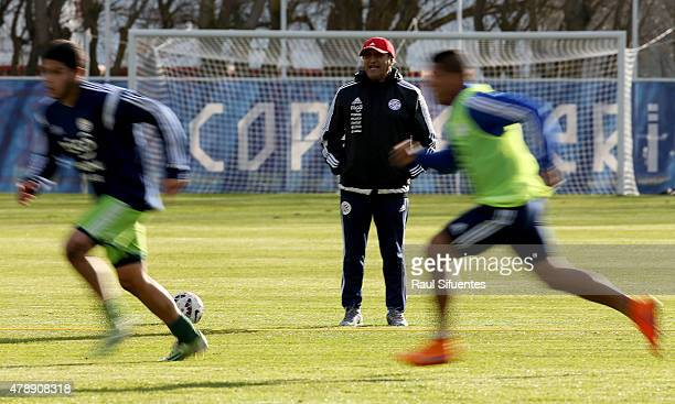 Ramon Diaz coach of Paraguay shouts instructions to his players during a training session at ENAP training camp as part of 2015 Copa America Chile on...
