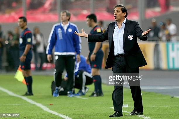 Ramon Diaz coach of Paraguay shouts instructions to his players during a match between Peru and Paraguay as part of FIFA 2018 World Cup Qualifiers at...