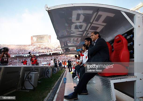 Ramon Diaz coach of River Plate looks on before a match between River Plate and Boca Juniors as part of the Torneo Inicial 2013 at the Antonio...