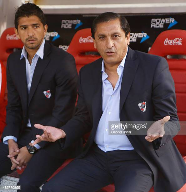 Ramon Diaz coach of River Plate looks on before a match between River Plate and Velez Sarsfield as part of 15th round of Torneo Final 2014 at...