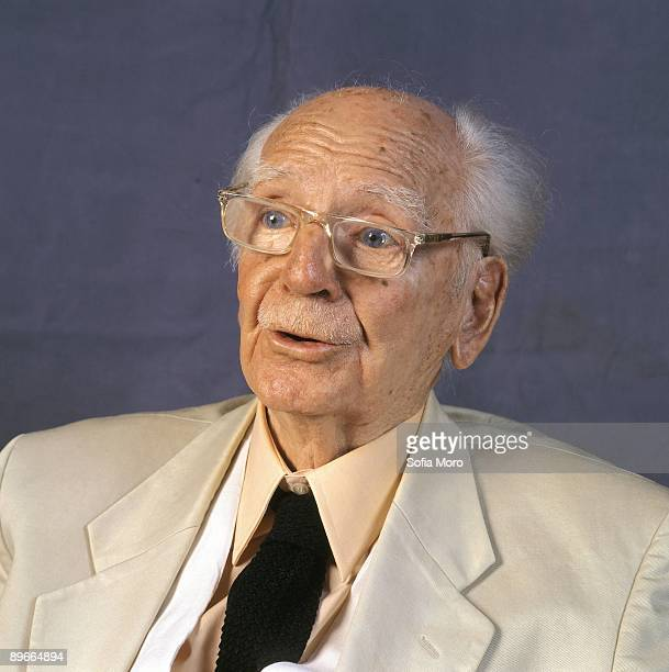 Ramon Serrano Suner politician