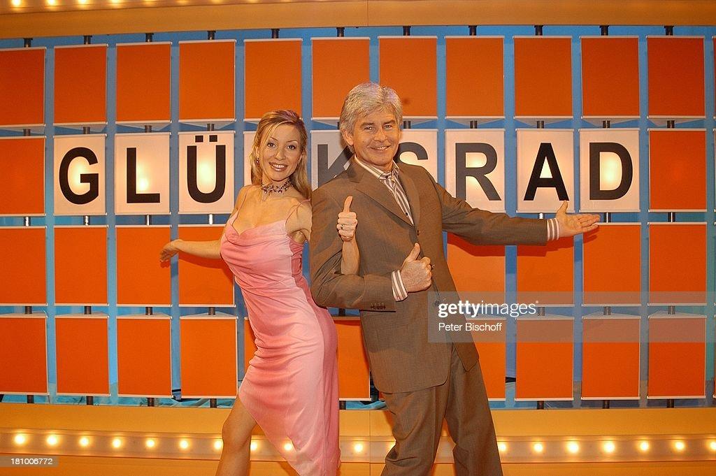 Ramona Drews, Frederic Meisner, 9Live-TV-Spielshow: 'Glücksrad', : News Photo