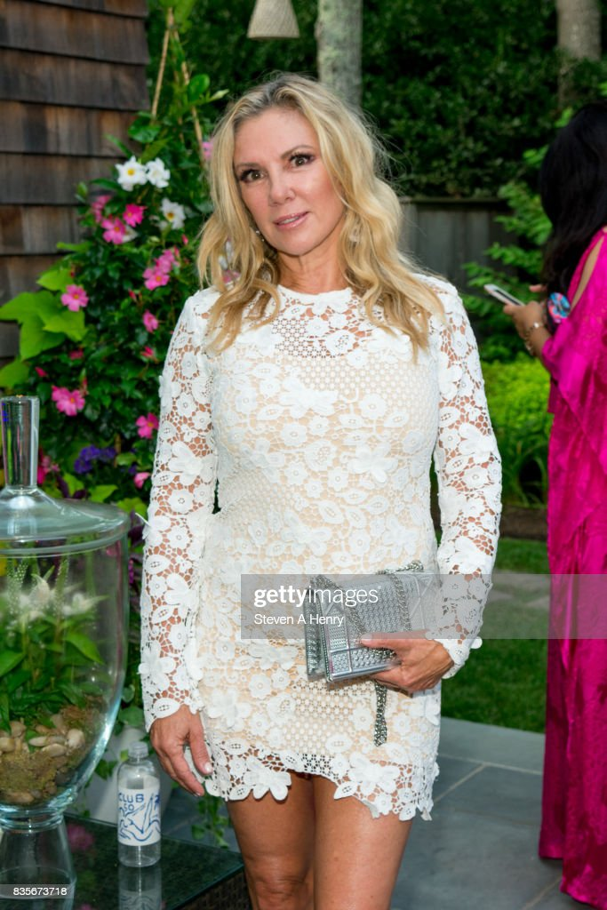 Ramona Singer attends An Intimate Evening Under The Stars With Michael Bolton at Private Residence on August 19, 2017 in Bridgehampton, New York.
