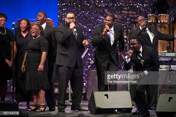 RampB singer Anthony Hamilton performs with Ray Chew Live and the Hamiltones during The Message in the Music Concert of Cilvil Rights Music at the...