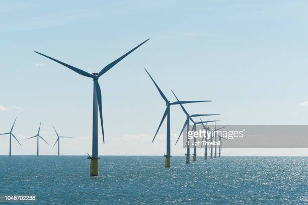 rampion windfarn, near shoreham, uk - hugh threlfall stock pictures, royalty-free photos & images
