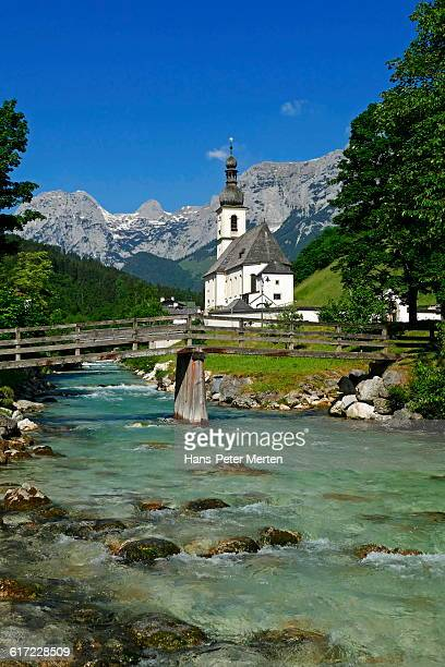 ramsau, church of st. sebastian, bavaria - peter sebastian fotografías e imágenes de stock