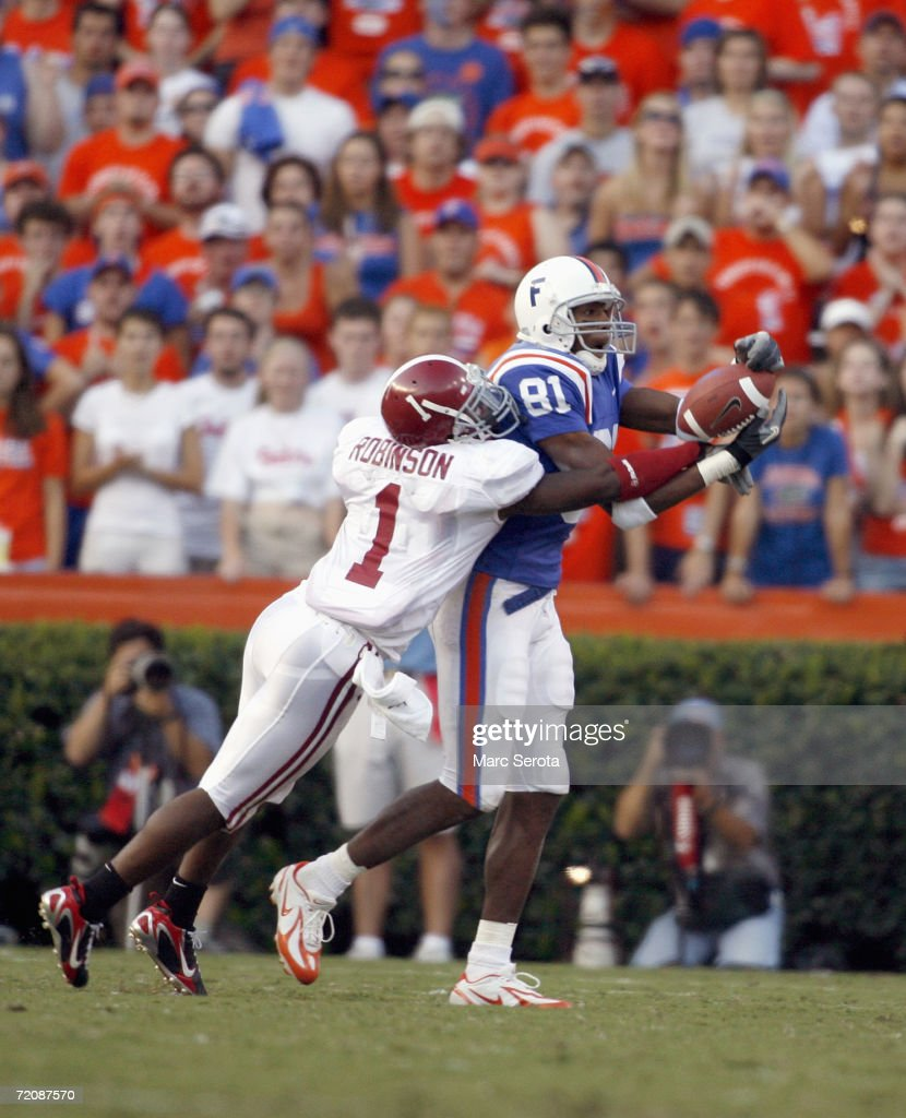 Ramzee Robinson #1 of the Alabama Crimson Tide covers Dallas Baker #81 of the Florida Gators on September 30, 2006 at Ben Hill Griffin Stadium at Florida Field in Gainesville, Florida. Florida won 28-13.