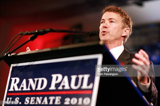 Rand Paul the Republican candidate for the Kentucky US Senate seat thanks supporters during an election night party on November 2 2010 in Bowling...