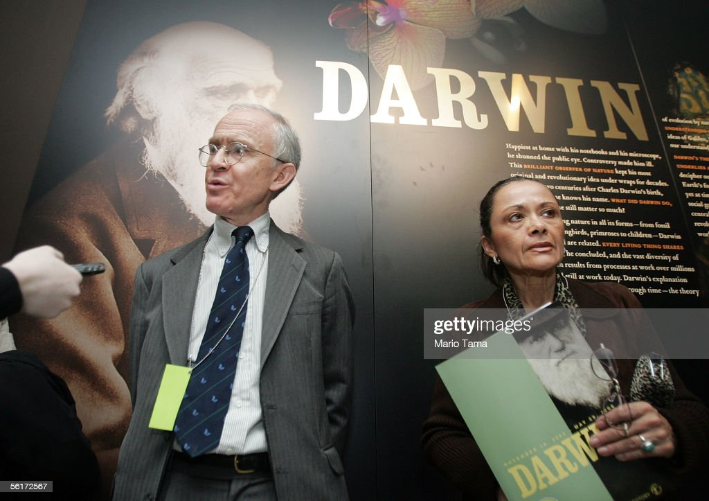 Randal Keynes (L), great-great-grandson of Charles Darwin, is interviewed during a press preview of the new 'Darwin' exhibition at the American Museum of Natural History November 15, 2005 in New York City. The exhibition traces the life and discoveries of Charles Darwin and will be on view from November 19, 2005 through May 29, 2006.