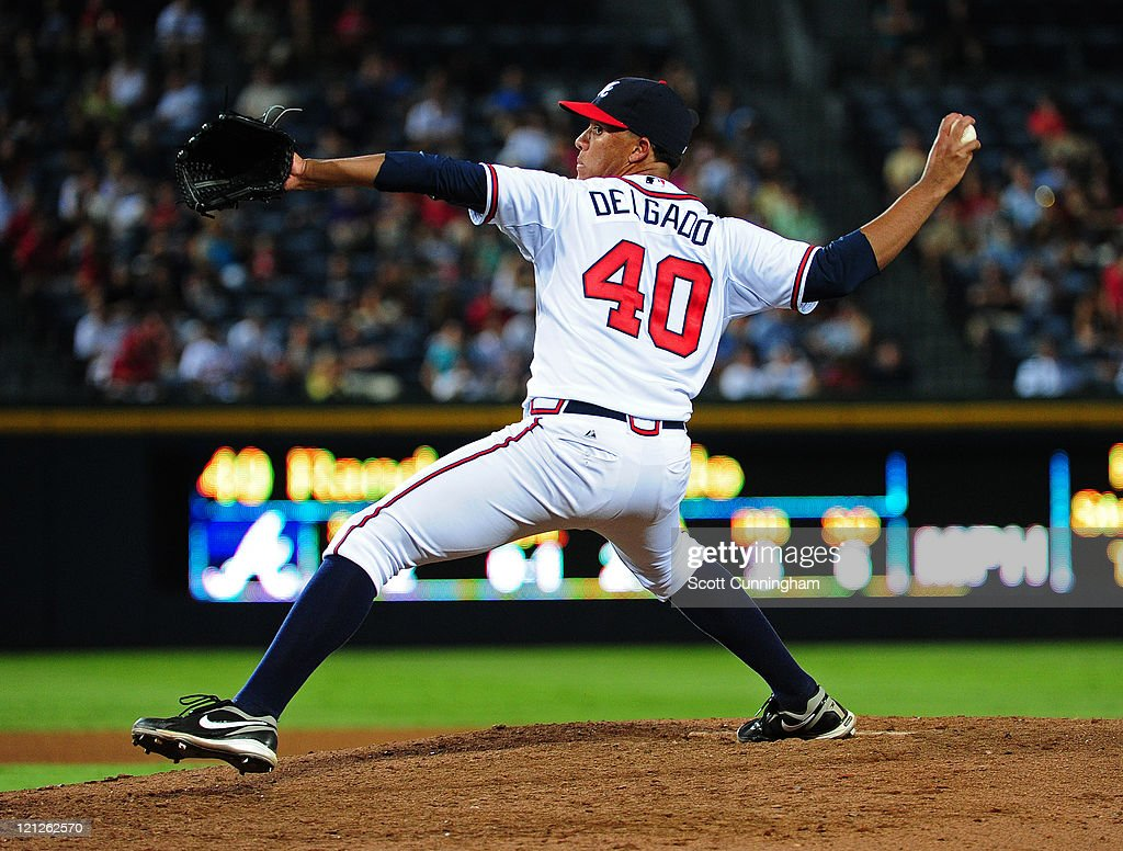 Randall Delgado #40 of the Atlanta Braves pitches against the San Francisco Giants at Turner Field on August 16, 2011 in Atlanta, Georgia.