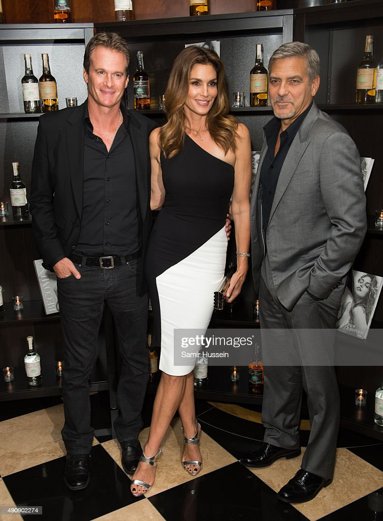 Casamingos Tequila & Cindy Crawford Book Launch Party - Red Carpet Arrivals