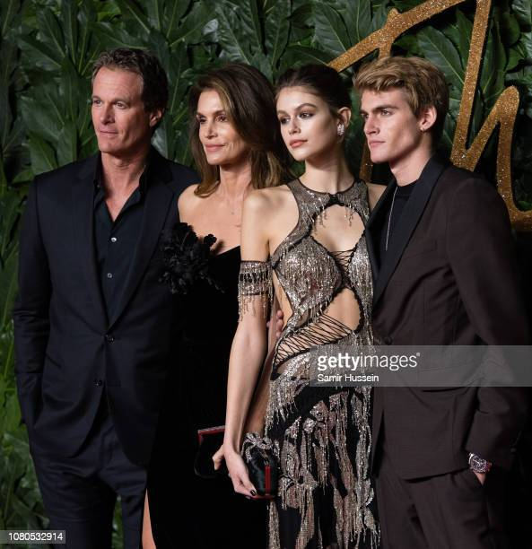 Rande Gerber Cindy Crawford Kaia Gerber and Presley Gerber arrive at The Fashion Awards 2018 In Partnership With Swarovski at Royal Albert Hall on...