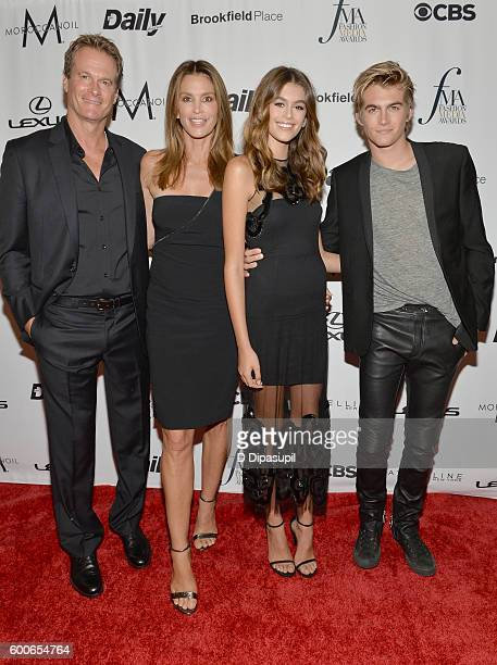 Rande Gerber model Cindy Crawford model Kaia Gerber and model Presley Gerber attend the The Daily Front Row's 4th Annual Fashion Media Awards at Park...