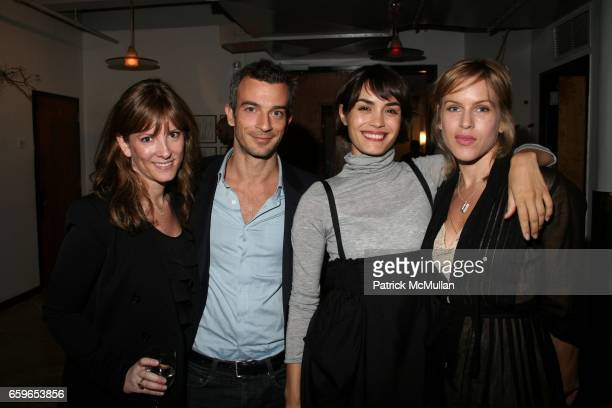 Randi Peck Alex Lasky Shannyn Sossamon and Erica Nicotra attend NRDC New York Council Reception at 95 Morton St NYC on October 6 2009