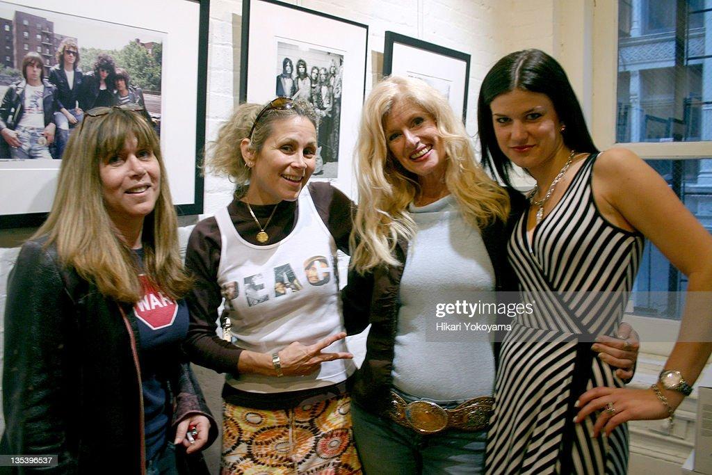 Randi Rhodes of Air America Radio, Annie Nelson, Susan Hathaway and Jessica Blachley
