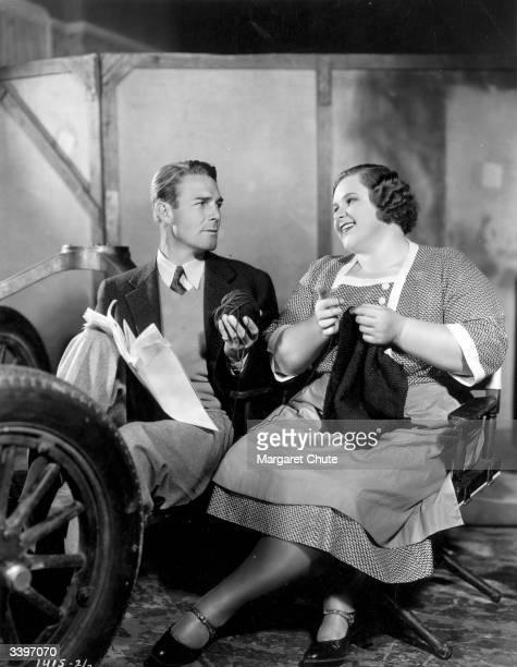 Randolph Scott and Kate Smith stars of the Paramount film 'Hello Everybody'