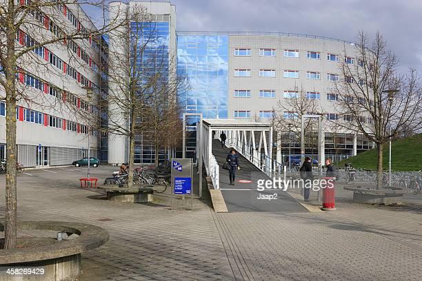 randwyck マーストリヒト大学のキャンパス - マーストリヒト ストックフォトと画像