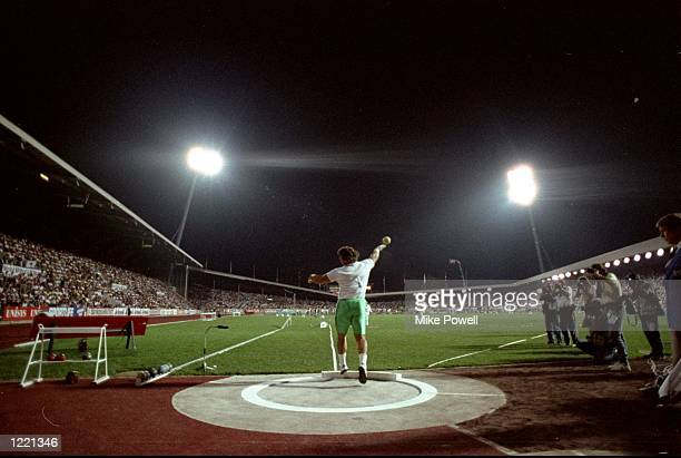 Randy Barnes of the USA in action during the Shot Put event of the Zurich Grand Prix at the Letzigrund Stadium in Switzerland Mandatory Credit Mike...