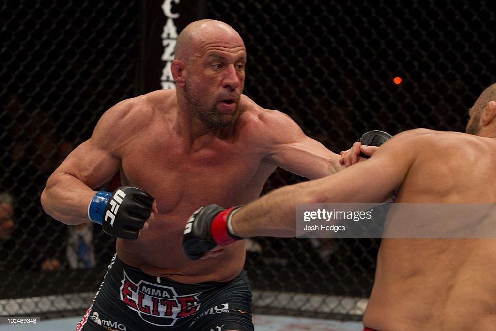 UFC 109 : News Photo