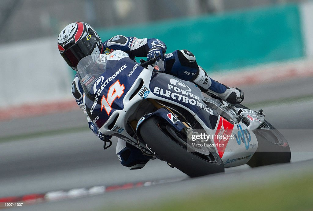 Randy De Puniet of France and Power Electronics Aspar rounds the bend during the MotoGP Tests in Sepang - Day Three at Sepang Circuit on February 5, 2013 in Kuala Lumpur, Malaysia.