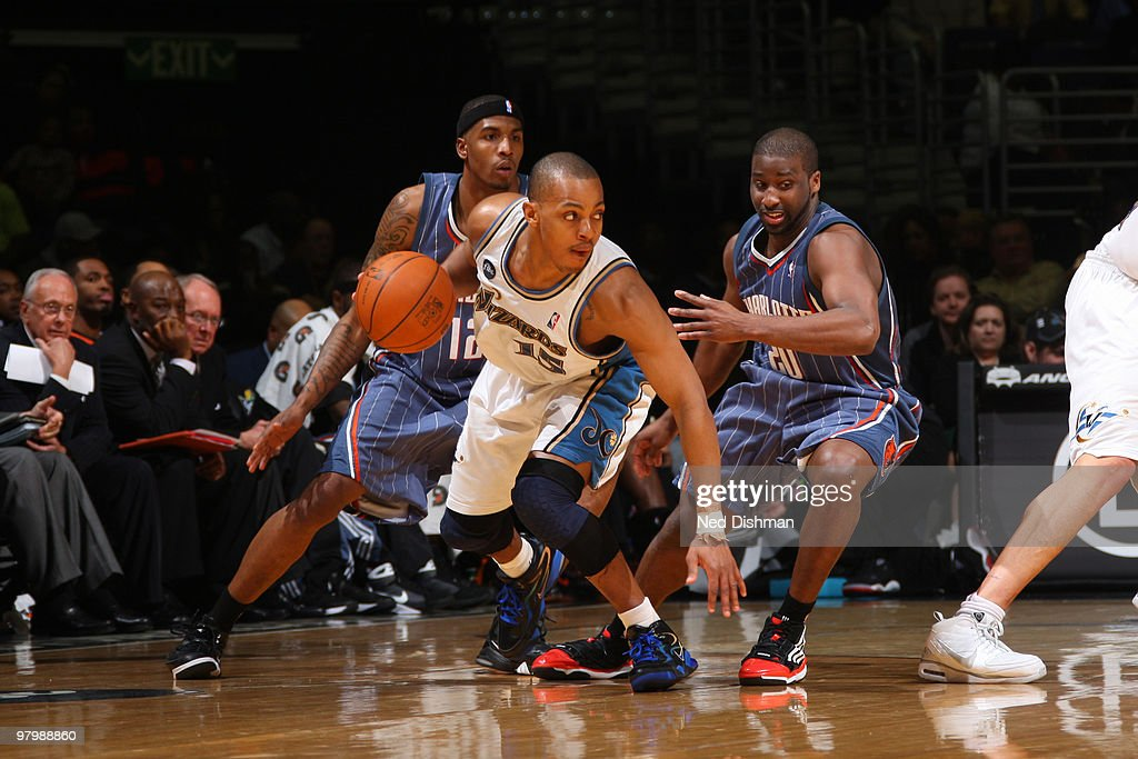 Randy Foye #15 of the Washington Wizards drives against Raymond Felton #20 of the Charlotte Bobcats at the Verizon Center on March 23, 2010 in Washington, DC.