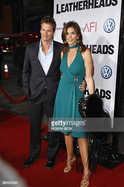 Randy Gerber and Cindy Crawford arrive at the Hollywood California premiere of Leatherheads at the Grauman's Chinese theatre on March 31 2008 The...