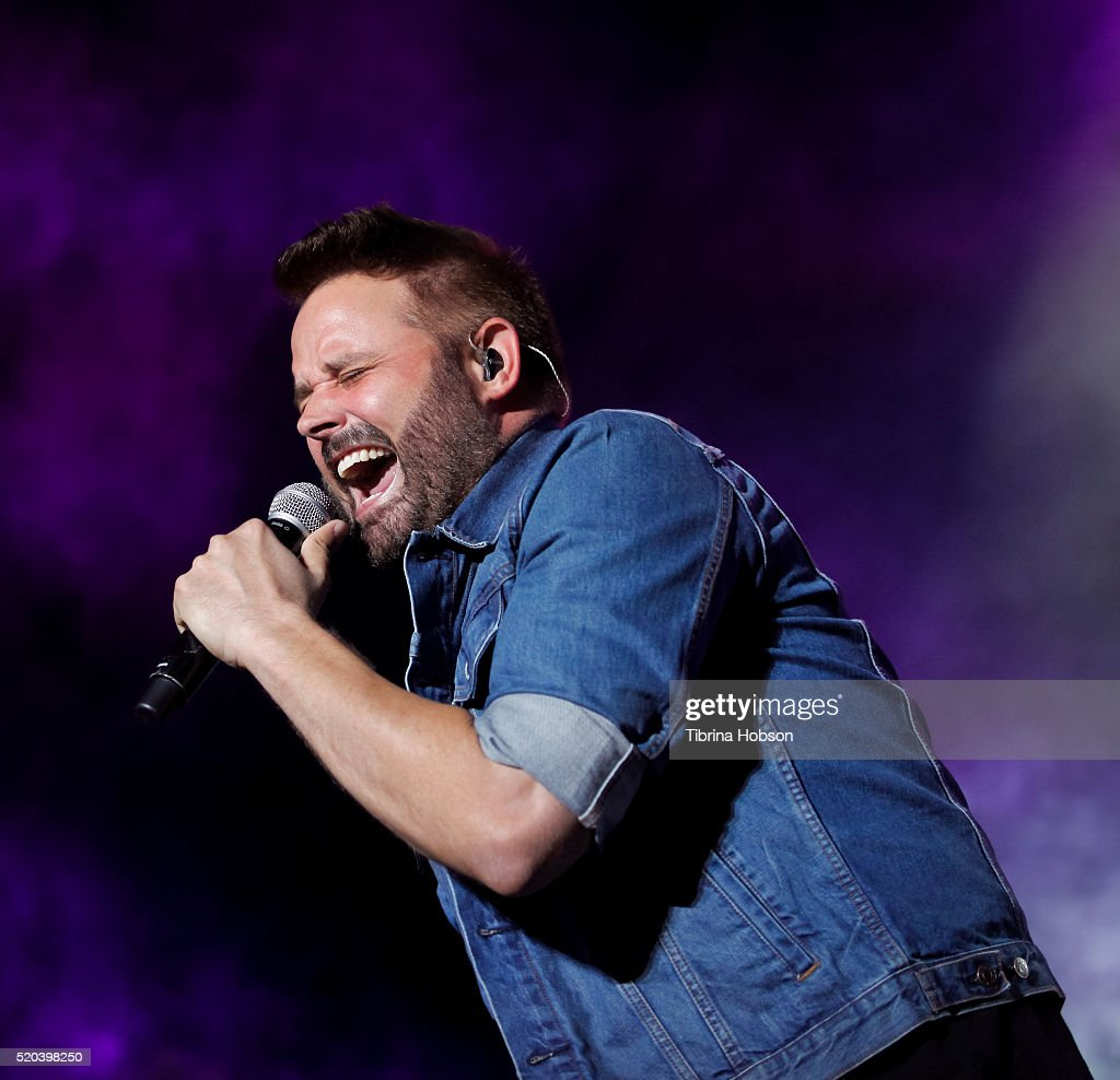 Randy Houser performs at Country Thunder Arizona 2016 at Country Thunder West on April 10, 2016 in Florence, Arizona.