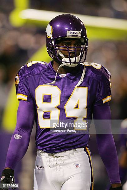 Randy Moss of the Minnesota Vikings looks on prior to taking on the New York Giants on October 31 2004 at the Hubert H Humphrey Metrodome in...