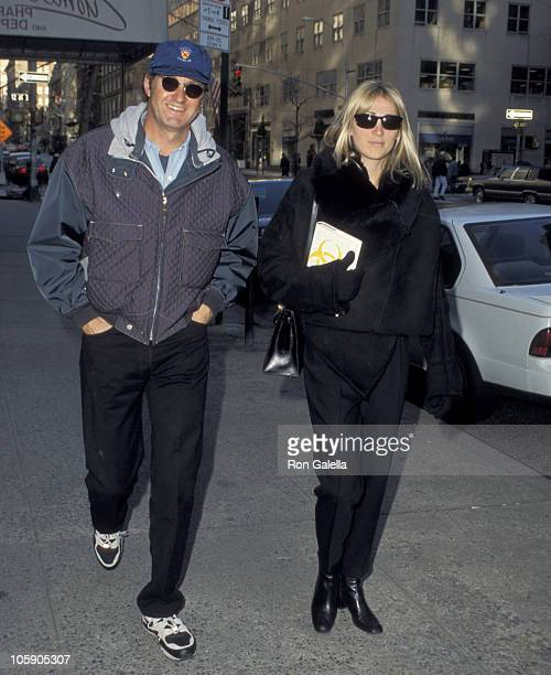 Randy Quaid and Evi Quaid during Randy Quaid Sighted on Madison Avenue January 30 1995 at Madison Avenue in New York City New York United States