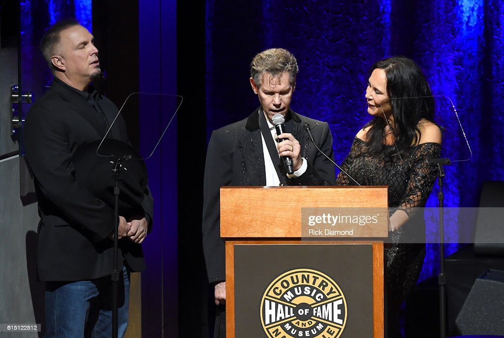 The Country Music Hall of Fame and Museum 2016 Medallion Ceremony - Show : News Photo