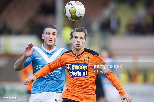 Randy Wolters of VVV Venlo Gerry Koning of FC Volendam