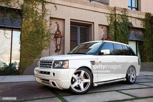 range rover 2006 - range rover stock pictures, royalty-free photos & images