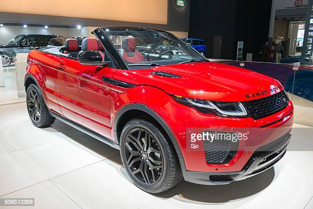 range rover evoque convertible - range rover stock pictures, royalty-free photos & images