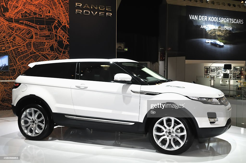Range Rover Stock Photos And Pictures Getty Images - Range rover stock