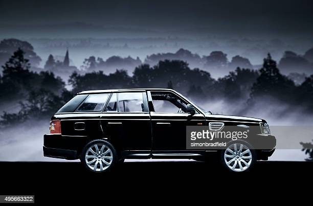 range rover sport model car low key - range rover stock pictures, royalty-free photos & images