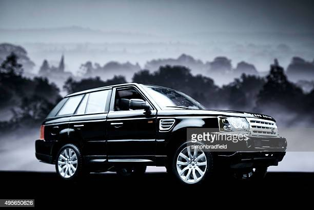 range rover sport model car - range rover stock pictures, royalty-free photos & images
