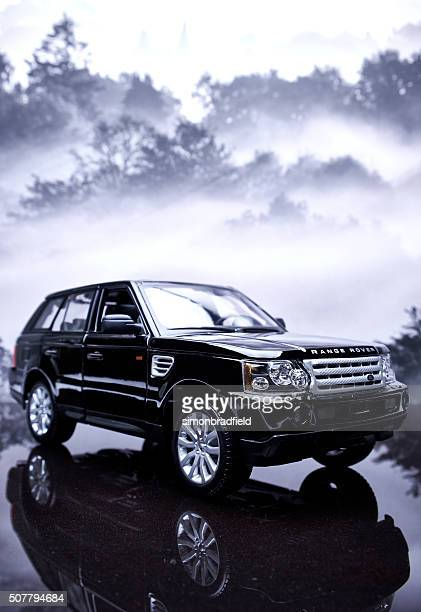 range rover sport model - range rover stock pictures, royalty-free photos & images