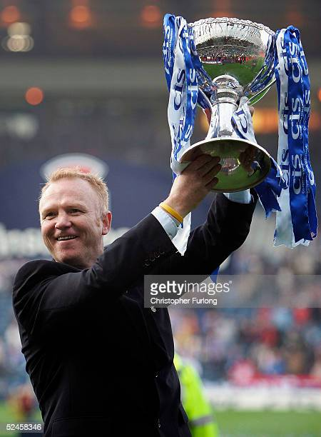 Rangers' manager Alex McLeish celebrates winning the Scottish CIS Insurance Cup Cup Final match between Rangers and Motherwell on March 20 at Hampden...