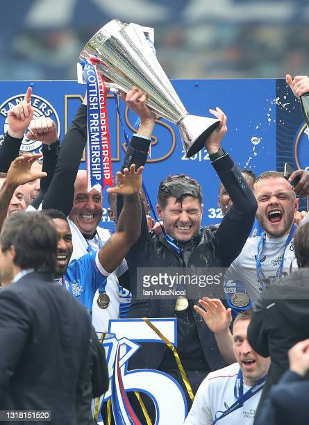 Rangers Manager Steven Gerrard holds the trophy a loft during the Scottish Premiership match between Rangers and Aberdeen on May 15, 2021 in Glasgow,...