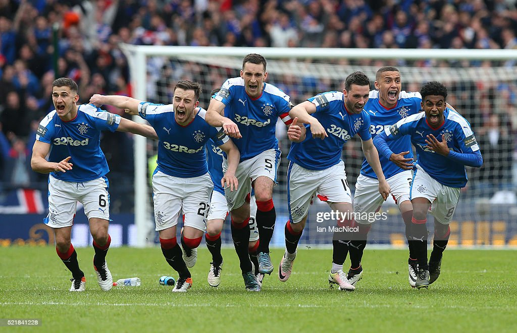 Rangers players celebrates after winning the penalty shoot out during the Scottish Cup Semi Final between Rangers and Celtic at Hampden Park on April 17, 2016 in Glasgow, Scotland.