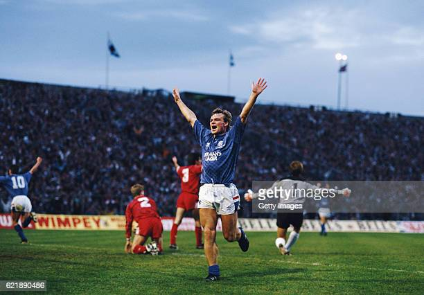 Rangers striker Robert Fleck celebrates after scoring the 3rd Rangers goal in a 33 draw with Aberdeen in the League Cup Final at Hampden Park on...