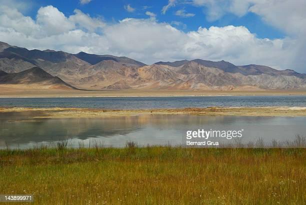 rangkul lake - bernard grua photos et images de collection