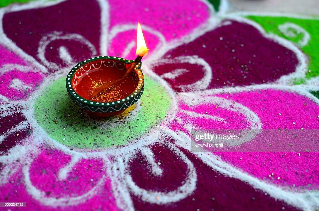 Rangoli with Diya, Diwali festival background, India : Foto de stock