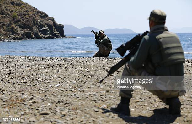 Ranked soldiers from Turkish Army's elite forces conduct an operation to capture the wanted plotter soldiers who involved in an assassination attempt...