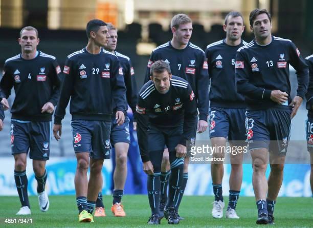 Ranko Despotovic Alec Urosevski Alessandro Del Piero Matthew Jurman and Saa Ognenovski warm up during a Sydney FC ALeague training session at Etihad...