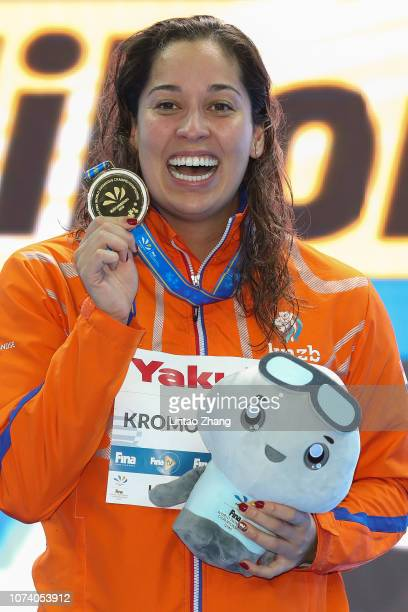 Ranomi Kromowidjojo of the Netherlands poses with her gold medal after winning the Women's 50m Freestyle Final on day 6 of the 14th FINA World...
