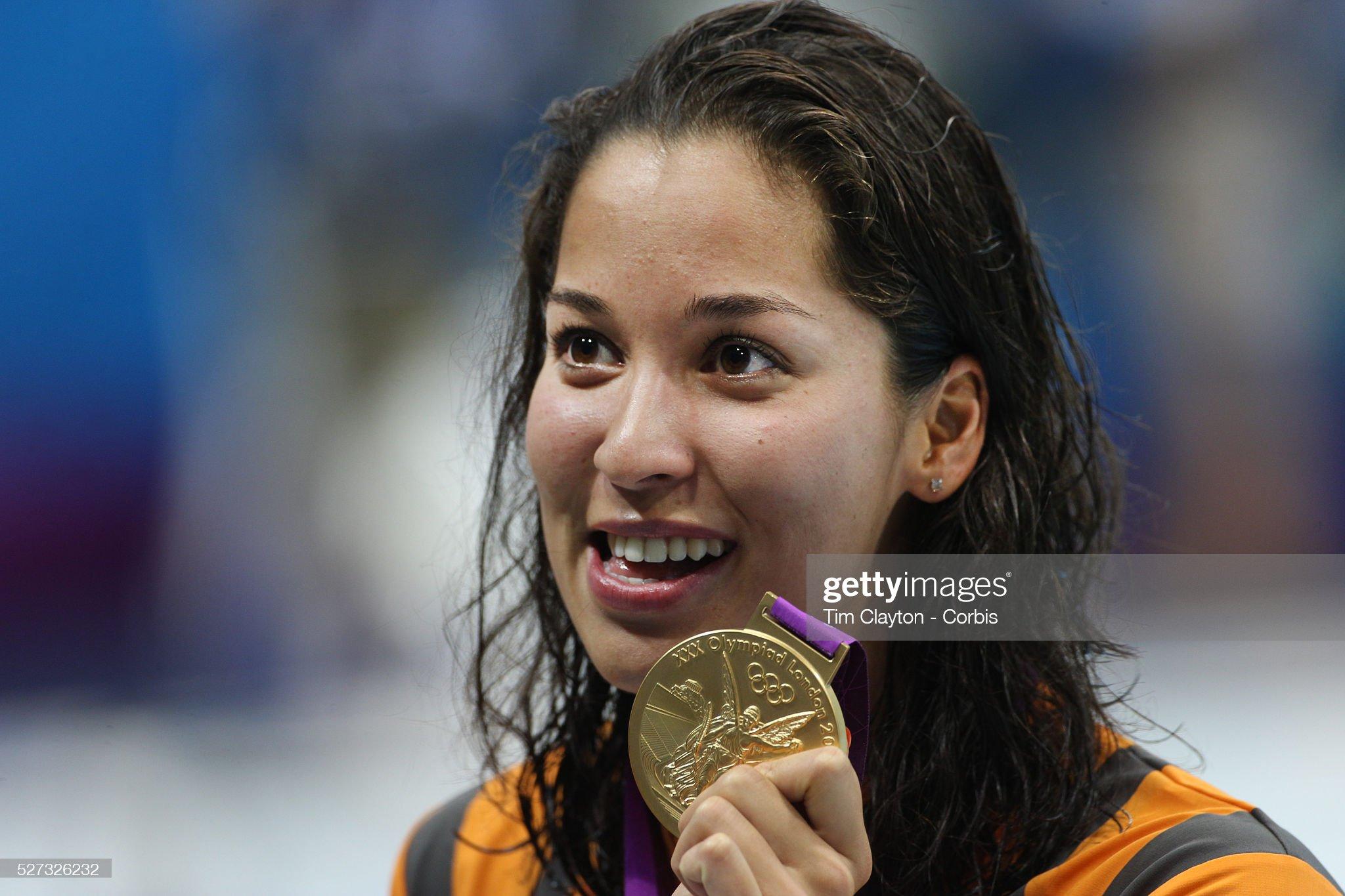 DEBATE sobre belleza, guapura y hermosura (fotos de chicas latinas, mestizas, y de todo) - VOL II - Página 4 Ranomi-kromowidjojo-the-netherlands-wins-the-gold-medal-in-the-womens-picture-id527326232?s=2048x2048