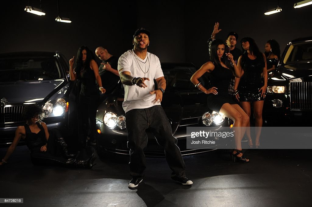 """Behind the Scenes at Video Shoot for Flo Rida """"Right Round"""" : News Photo"""